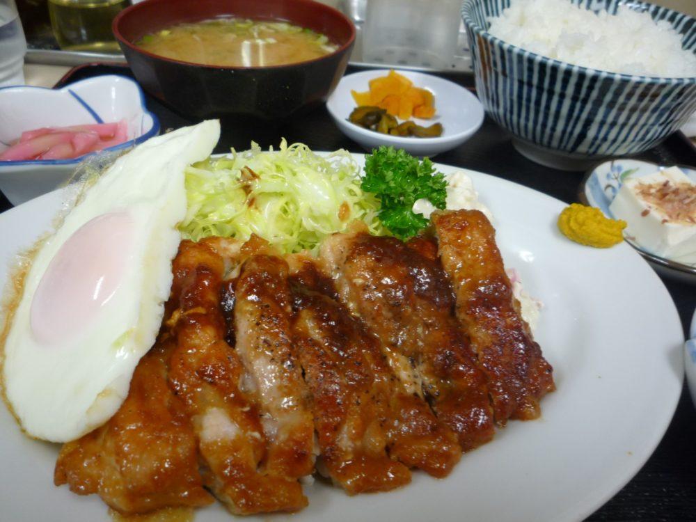 チキンガーリックソテー定食(日向鶏)
